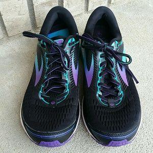 83f74901fbc71 Brooks Shoes - Brooks Ghost 10 special Olympics USA rare! shoes